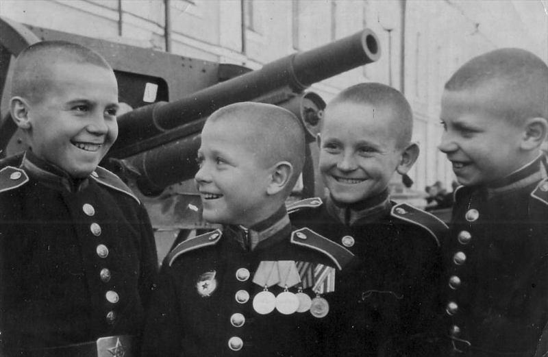 Слава юным защитникам Отечества!