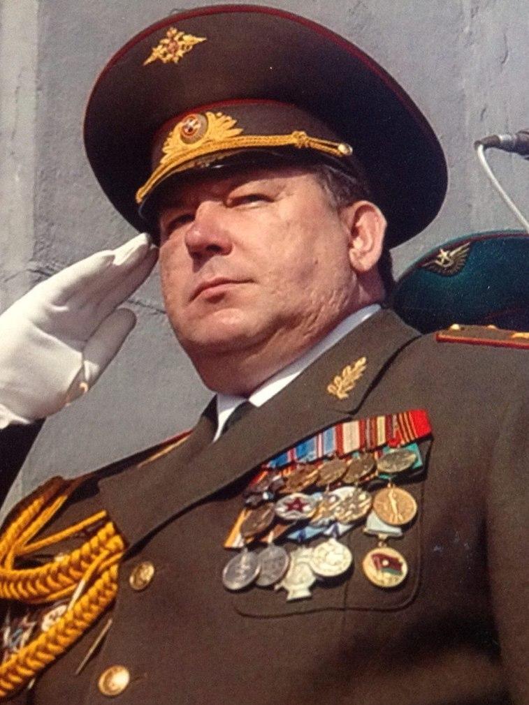 «Придет время, когда имя Сталина вернут городу на Волге» Если бы Президент объявил о возврате городу Волгограду имени «Сталинград», то это было бы для наших врагов равносильно поражению под Сталинградом …
