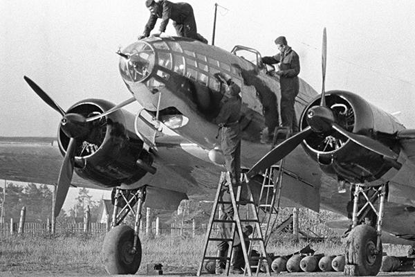 Кто предал 22 июня Почему за несколько дней до войны в Западном округе была разоружена авиация
