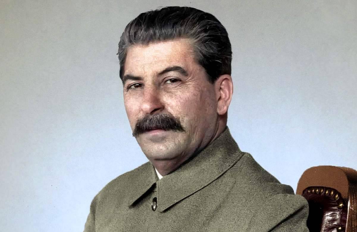 """Как Сталин возвращал """"имперскую Россию"""""""