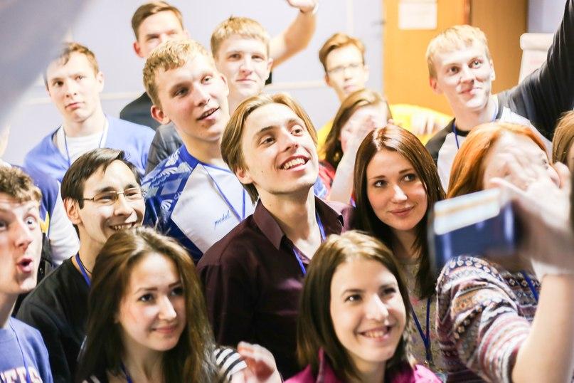 Информация к размышлению на сегодняшний день. Окружение В.В.Путина заставляет его принимать решения, непопулярные у народа. Но Историческая правда всё равно восторжествует! Бог не в силе а в Правде! Мы верим в светлое будущее России!