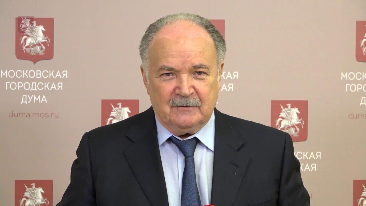 Депутат Мосгордумы Николай Губенко выступил за репрессии «мерзопакостных людей» и похвалил Сталина