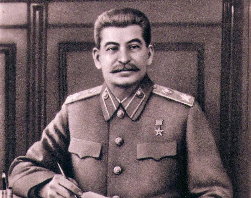 Память об Иосифе Виссарионовиче Сталине бессмертна!