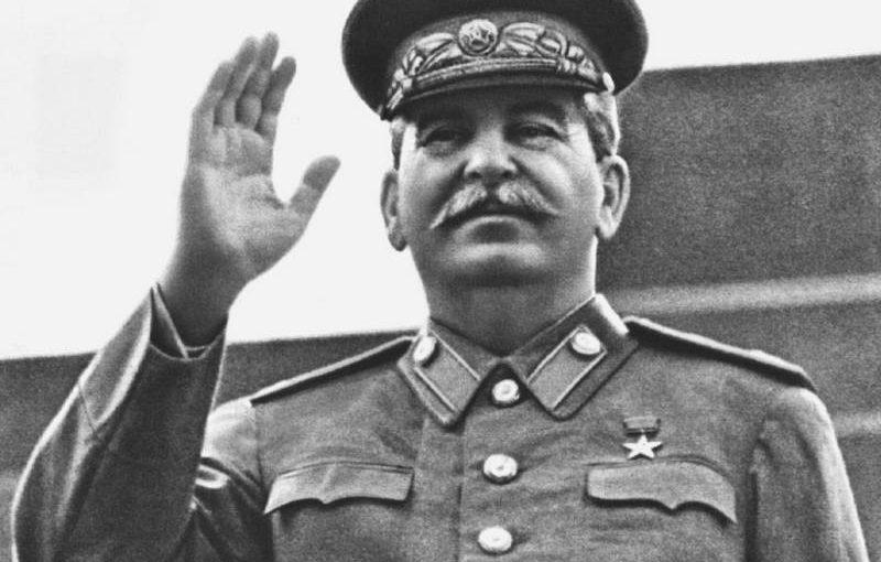 Маршал Голованов: Советский Союз победил в войне благодаря Сталину