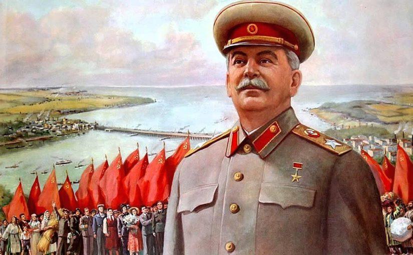 В Москве появились проекции с изображением Иосифа Сталина и подписью: «Я вернусь!»